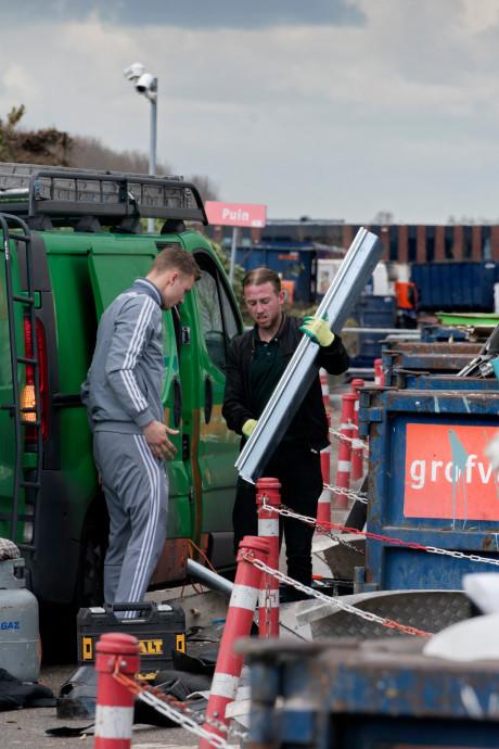 'Zolder opruimen prima, maar breng afval niet meteen naar milieustraat', zegt Den Bosch