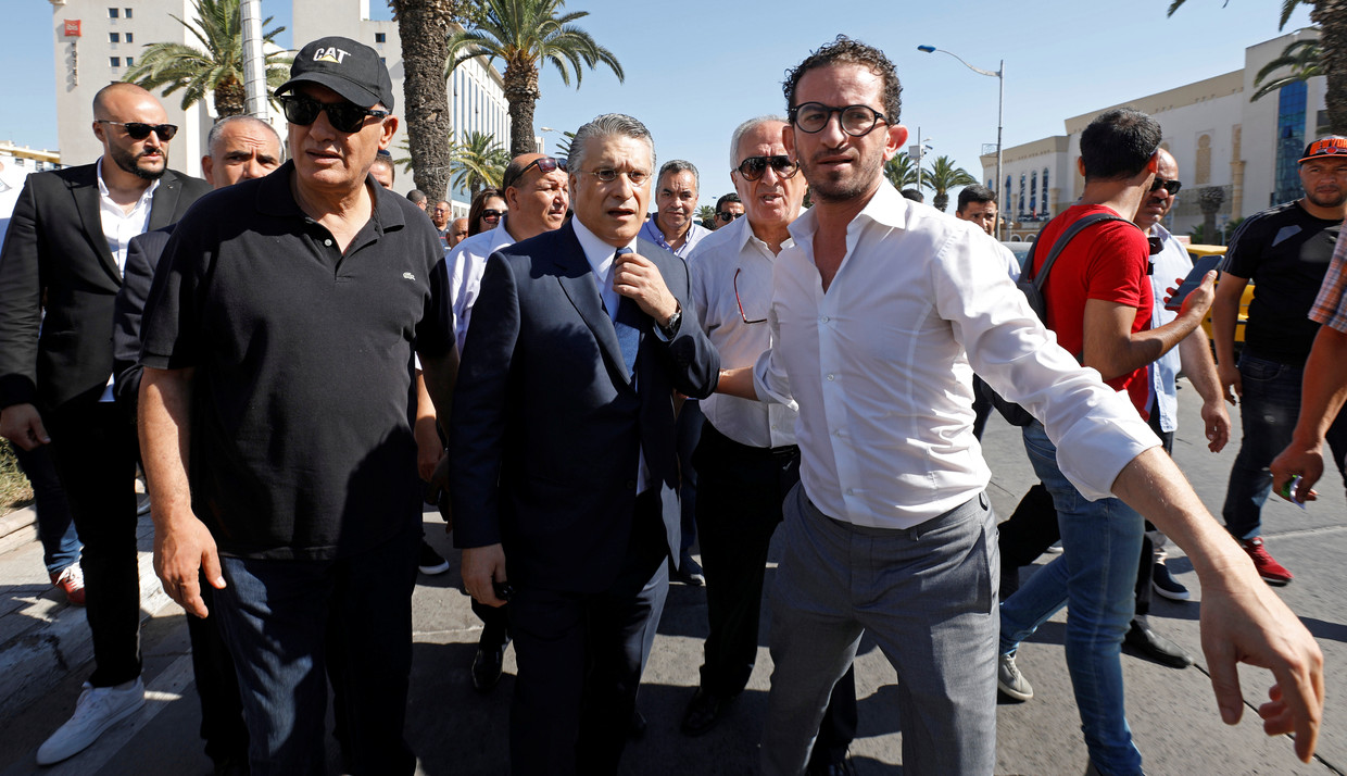Nabil Karoui arriveert bij het Financial and Economic Judiciary pole in Tunis, 12 juli 2019. Beeld null