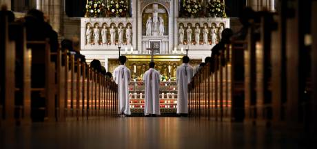 Cérémonies religieuses limitées à 30 personnes en France: le gouvernement doit revoir sa copie