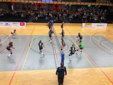 Regio Zwolle Volleybal wint derby tegen Alterno ondanks slordigheden