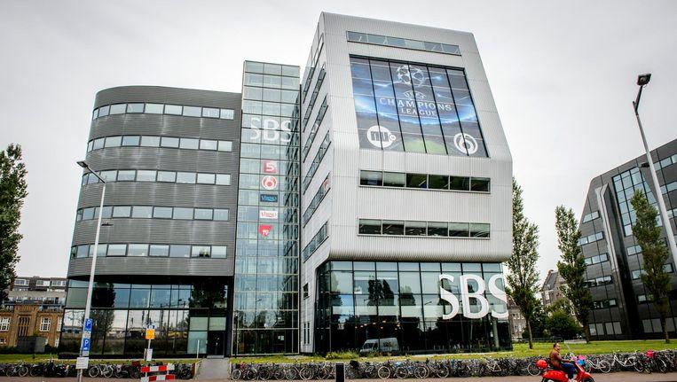Een cameraman en een verslaggeefster van het SBS6-programma Hart van Nederland zijn ernstig bedreigd. Beeld anp