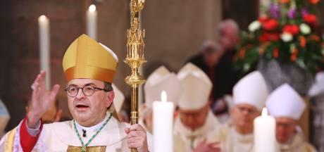 Bisdom wil dat kerken op zoek gaan naar alternatieve inkomsten : 'Moet ik dan een loterij beginnen?'
