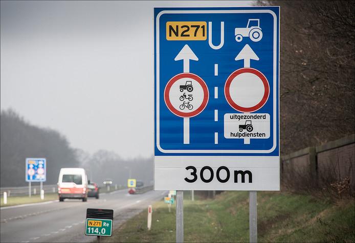 De N271 bij Gennep en Heijen.