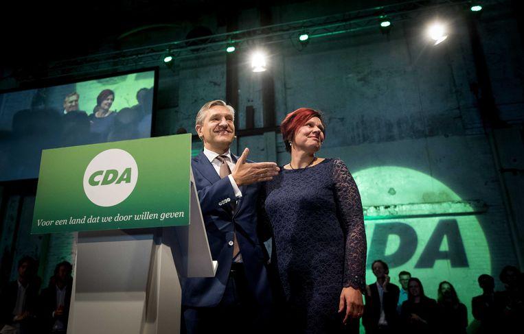Sybrand Buma en Ruth Peetoom op het partijcongres van het CDA in Groningen. Peetoom stopt over drie maanden als partijvoorzitter. Beeld ANP