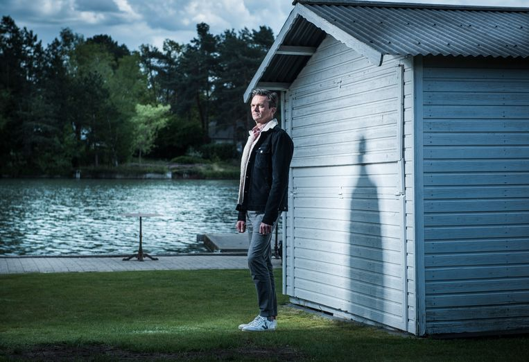 """Lieven Van Gils: """"Op mijn 50ste verjaardag heb ik een tik gekregen."""" Beeld Karel Duerinckx"""