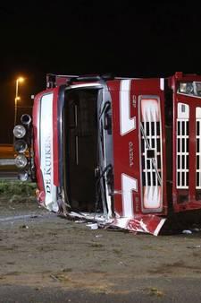 A50 bij Sint-Oedenrode weer open na ongeval met kippentransport
