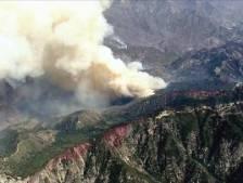 Le feu de forêt californien menace un célèbre observatoire et des tours de transmission