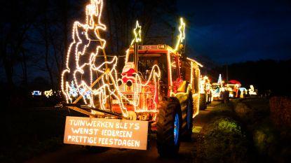 65 verlichte tractoren zorgen voor indrukwekkend kerstspektakel