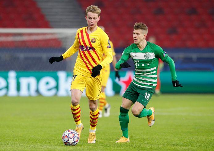 Frenkie de Jong speelde bij FC Barcelona de tweede helft mee.