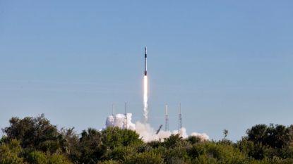 VIDEO. SpaceX brengt met vier jaar vertraging militaire satelliet in de ruimte