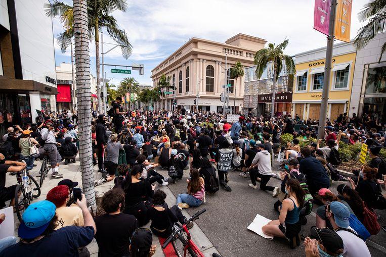Op de befaamde Rodeo Drive (Beverly Hills) werden winkels geplunderd.