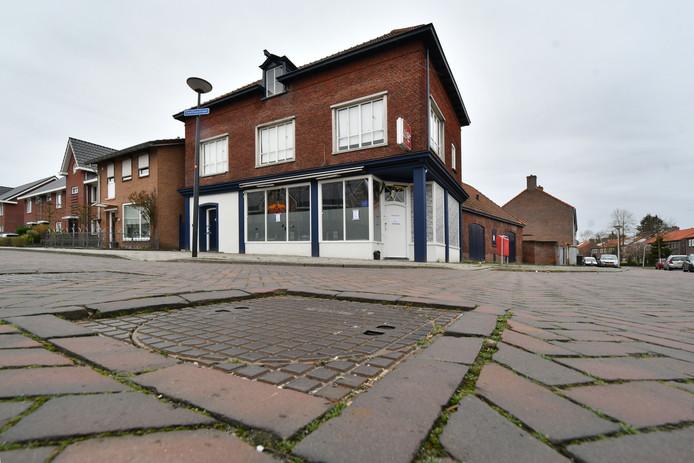 Pand waar viervoudige moord is gepleegd aan van Leeuwenhoekstraat / hoek Snelliusstraat.