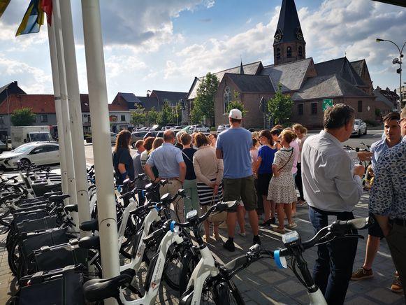 In Lendelede kunnen 25 inwoners de komende week kennismaken met het aanbod elektrische fietsen.