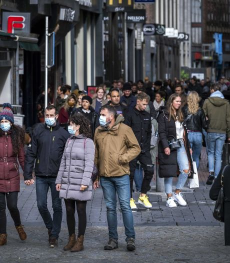 Reacties op oplopende besmettingen: 'Sommigen zijn ronduit asociaal in hun gedrag'