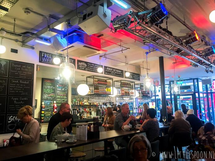 Tyneside Bar Café.