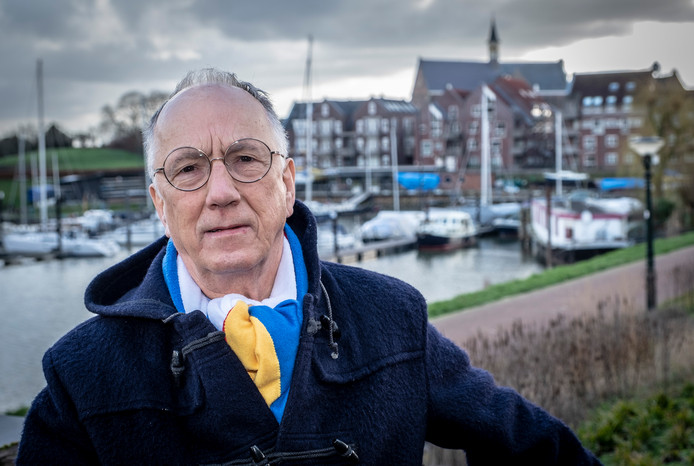 Jacques Leurs, voorzitter en oprichter van de Graafse partij Keerpunt 2010 stapt met onmiddellijke ingang op.