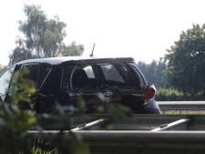 Twee auto's zwaar beschadigd bij kop-staart aanrijding bij Heesch