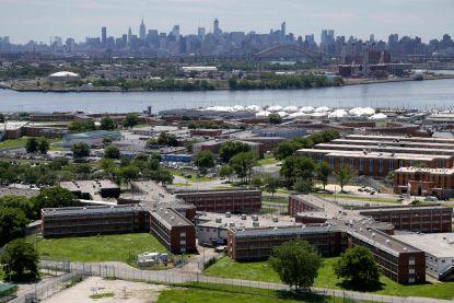 New York sluit beruchte gevangenis Rikers Island