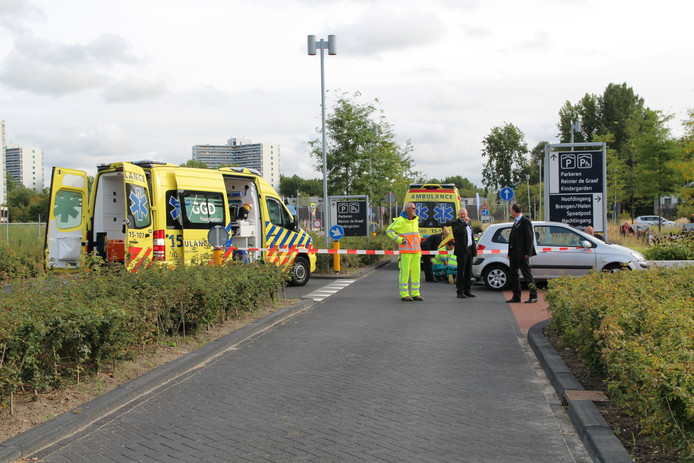 Het ongeluk gebeurde voor het Reinier de Graafziekenhuis