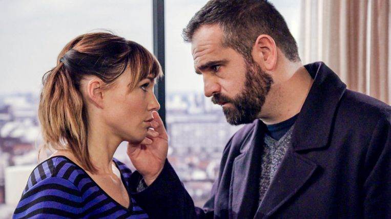 Erika Van Tielen als Amélie en Tristan Versteven als Gino in 'Familie'.