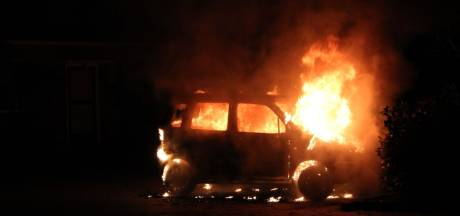 Opnieuw autobrand in Holten
