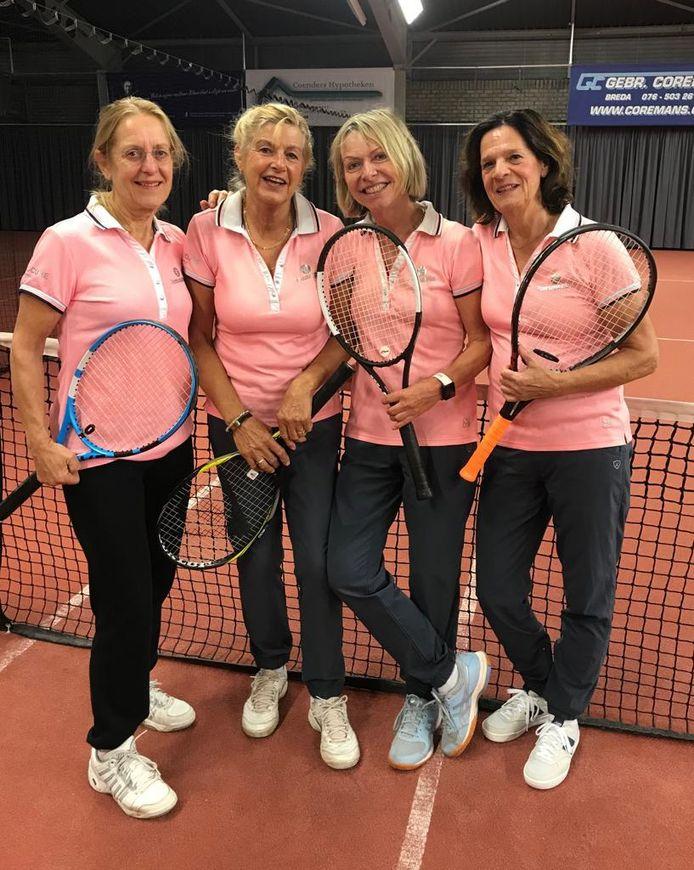 Dit damesteam van TC Etten gaat in december naar het seniorenclubkampioenschap in Spanje.