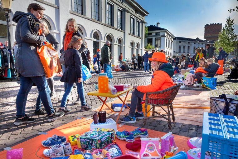 De vrijmarkt in Utrecht Beeld Maarten Hartman