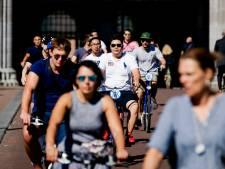 Vijfhonderd hbo-medewerkers maken fietstocht door Utrecht