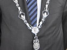 Burgemeesters eisen snelle actie tegen criminele infiltratie in bovenwereld