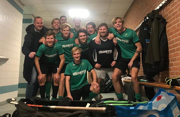 Hockeyers van Upward werden zaalkampioen met een zege op QZ.