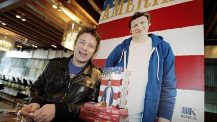 De Engelse TV-kok Jamie Oliver presenteert woensdag in zijn Amsterdamse restaurant Fifteen zijn nieuwste boek, Jamie's Amerika. Foto ANP Beeld