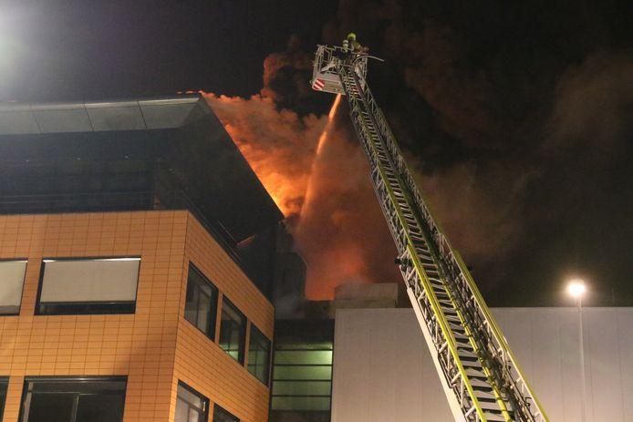 Er zijn geen gewonden gevallen bij de brand.