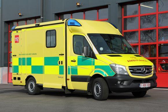 In Herk-de-Stad wordt de eerste ziekenwagen van de zone met het Battenburgpatroon in gebruik genomen