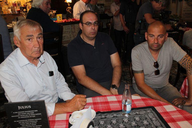 Erné De Blaere, Nico Bouché en Rik Bonami van de supportersclub van Bjorg Lambrecht zijn ontroostbaar.