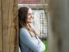 Nikki (15) uit Breda wordt langzaam doof én blind, maar wil met haar paard naar de Olympische Spelen