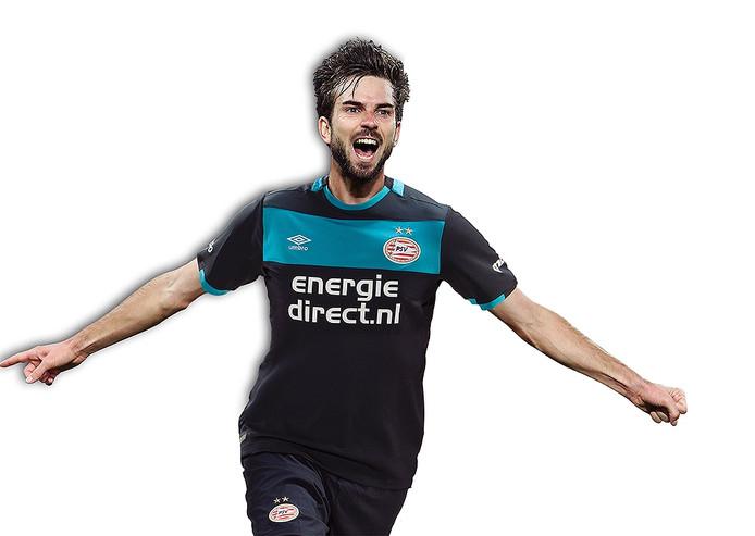 Davy Pröpper in het nieuwe uit-shirt van PSV