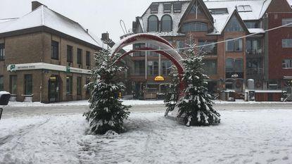"""Kerstkrans op Grote Markt, """"maar kerstboom volgt nog"""""""