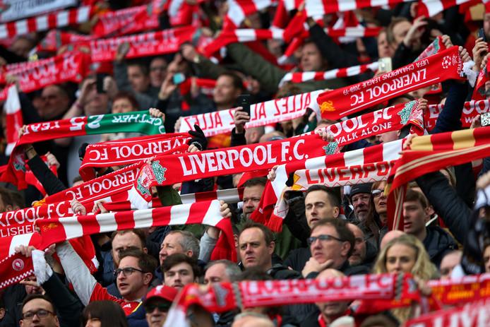 Fans van Liverpool tijdens het duel met Tottenham Hotspur.