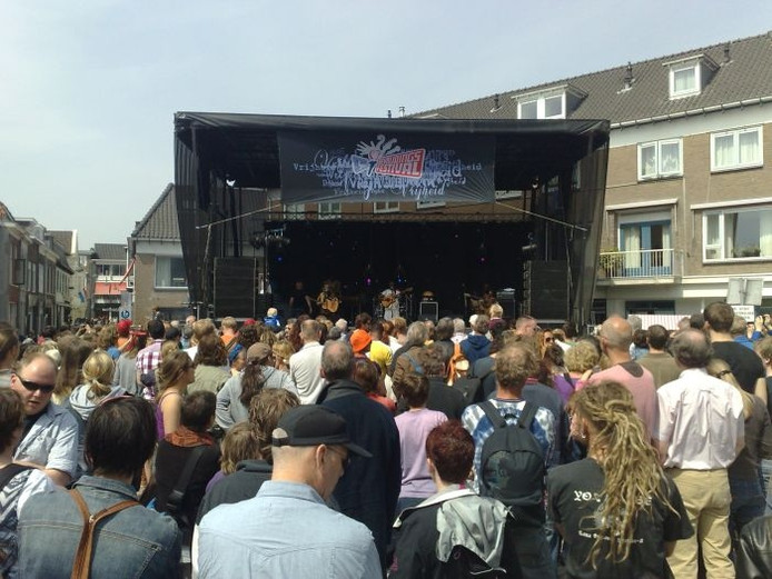 Tascontroles Rijen Vallei Lange BevrijdingsfestivalDe Door Bij lJTF5Ku1c3