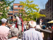 Het gebeurt op straat tijdens Kunstvoer in Nijverdal