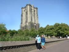 Dikke Toren in Zierikzee is bijna weer bloot
