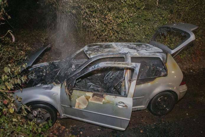 De wagen liep grote schade op.