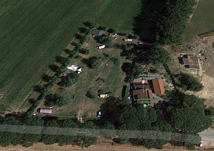 Beeld vanuit de lucht van de natuurcamping aan de Rulstraat in Megen. © Google Maps