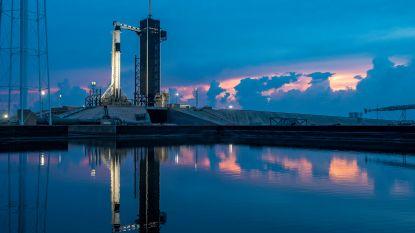 LIVE. Wereld houdt adem in voor historische lancering Crew Dragon - Storm op komst: 'krijgsraad' komt samen - Volg de lancering vanavond op HLN LIVE