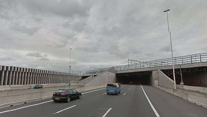 De Leidsche Rijntunnel .