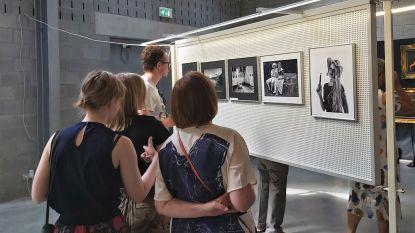 29 leden Zefoda stellen foto's voor op 41ste fotosalon