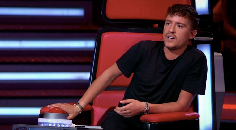 Coach Lil' Kleine in 'The Voice of Holland'. Beeld RTL