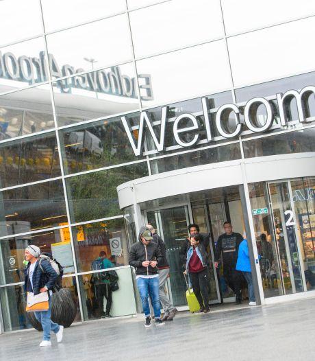 Speciale kiosken op Eindhoven Airport bieden reiziger mogelijkheid om zaken zelf te regelen