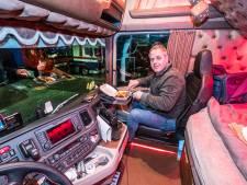 Stel je voor dat je op kantoor werkt, eet én slaapt: dat is wat een chauffeur door corona elke dag moet doen