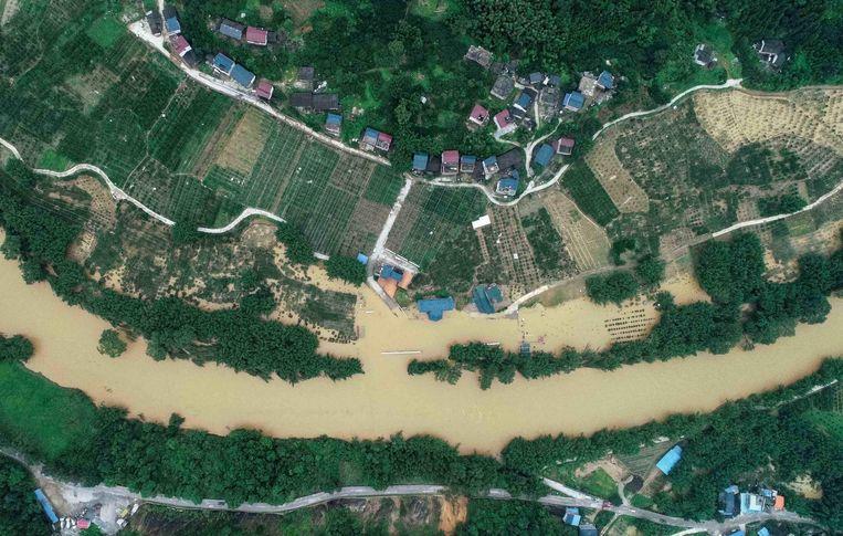Vooral na felle regen treden er in China regelmatig aardverschuivingen op met dodelijke slachtoffers.